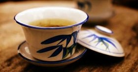 Porcelain tea-ware